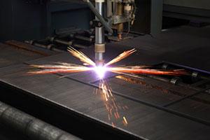 Metal-Plasma-Cutting